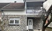 Zagreb, Donja Dubrava kuća 120 m2 s vrtom i garažom